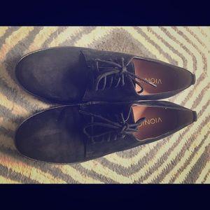Vionic Oxfords size 7.5 in black